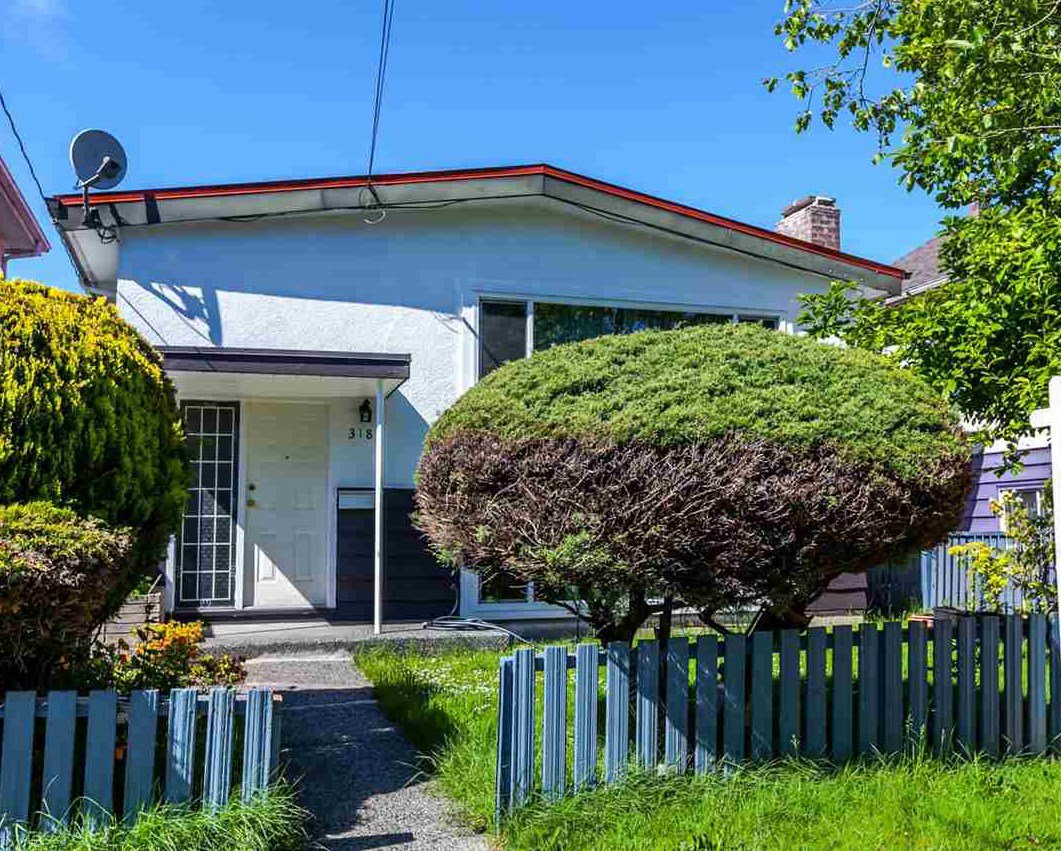 Main Photo: 3185 E 47TH Avenue in Vancouver: Killarney VE House for sale (Vancouver East)  : MLS®# R2202178