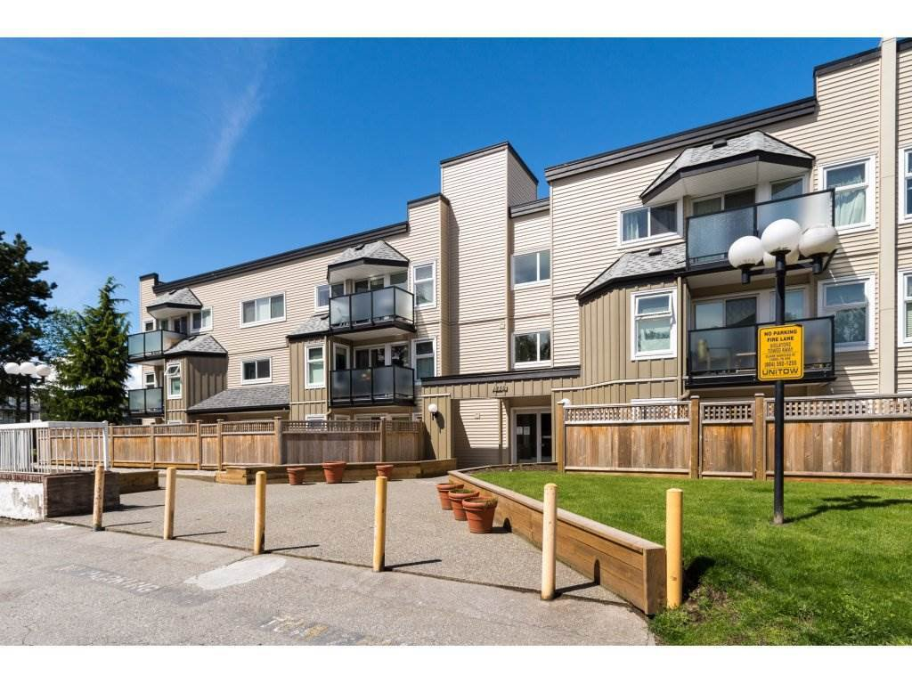 """Main Photo: 317 1850 E SOUTHMERE Crescent in Surrey: Sunnyside Park Surrey Condo for sale in """"Southmere Place"""" (South Surrey White Rock)  : MLS®# R2232555"""