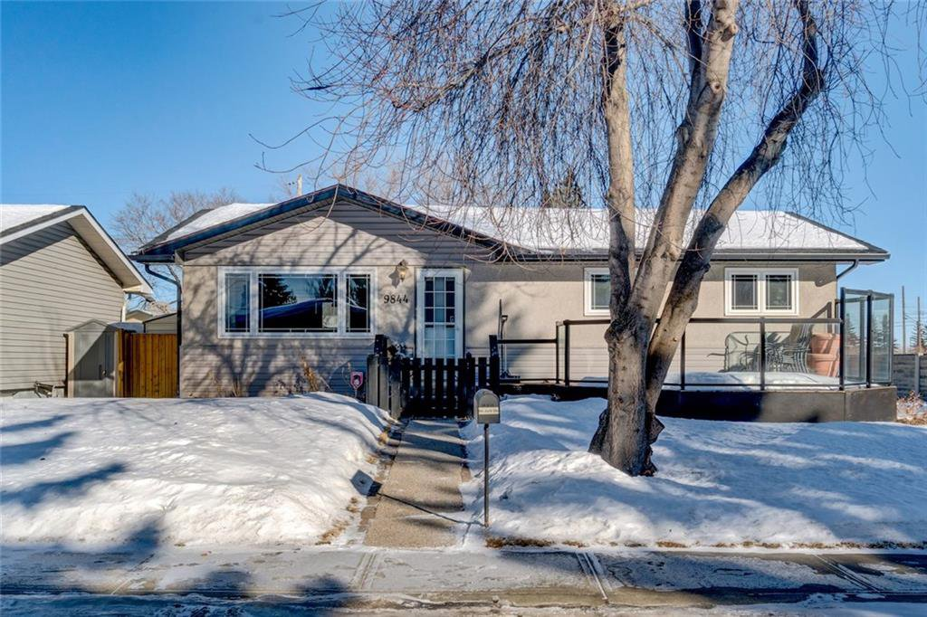 Main Photo: 9844 AUBURN Road SE in Calgary: Acadia House for sale : MLS®# C4166416