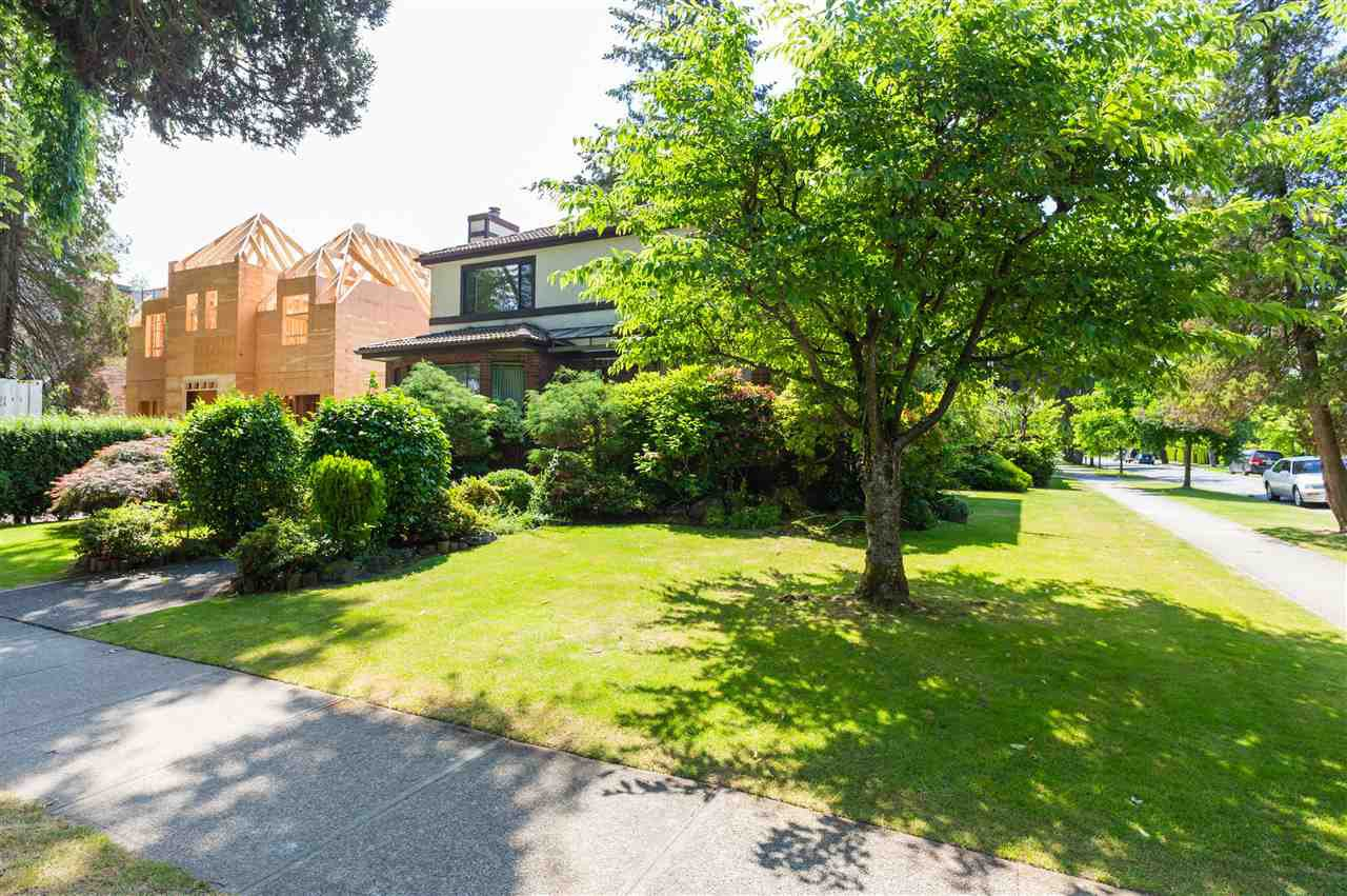 """Photo 4: Photos: 4209 OSLER Street in Vancouver: Shaughnessy House for sale in """"SECOND SHAUGHNESSY"""" (Vancouver West)  : MLS®# R2285076"""