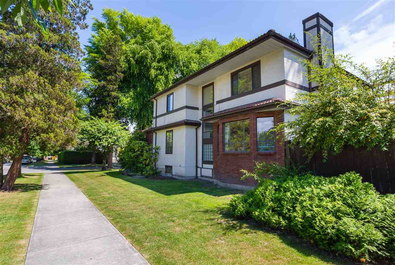 """Photo 5: Photos: 4209 OSLER Street in Vancouver: Shaughnessy House for sale in """"SECOND SHAUGHNESSY"""" (Vancouver West)  : MLS®# R2285076"""