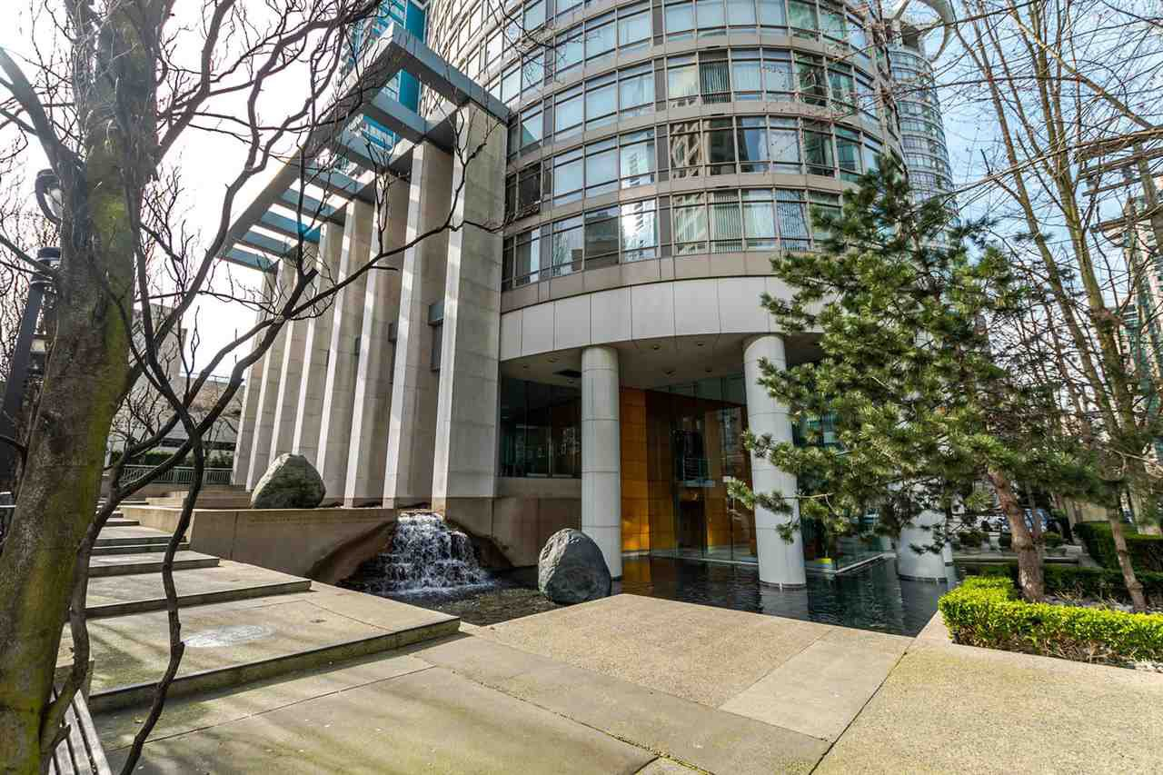 "Main Photo: 2903 1200 ALBERNI Street in Vancouver: West End VW Condo for sale in ""The Palisades"" (Vancouver West)  : MLS®# R2287519"