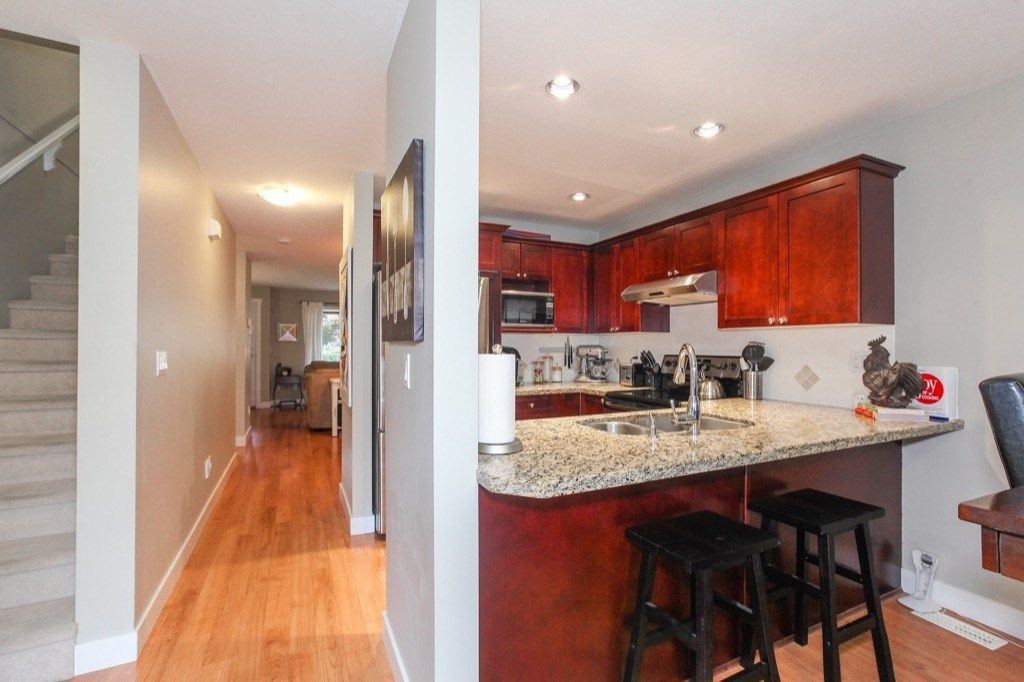 Photo 7: Photos: 46 6568 193B Street in Surrey: Clayton Townhouse for sale (Cloverdale)  : MLS®# R2305531