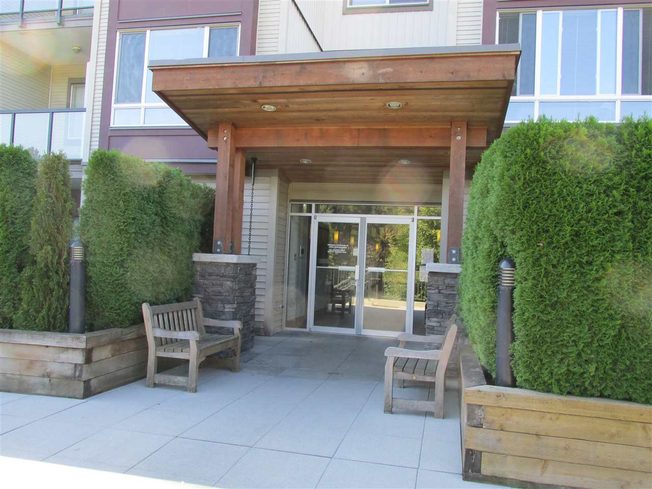 Main Photo: 307 2943 NELSON PLACE in : Central Abbotsford Condo for sale : MLS®# R2109904