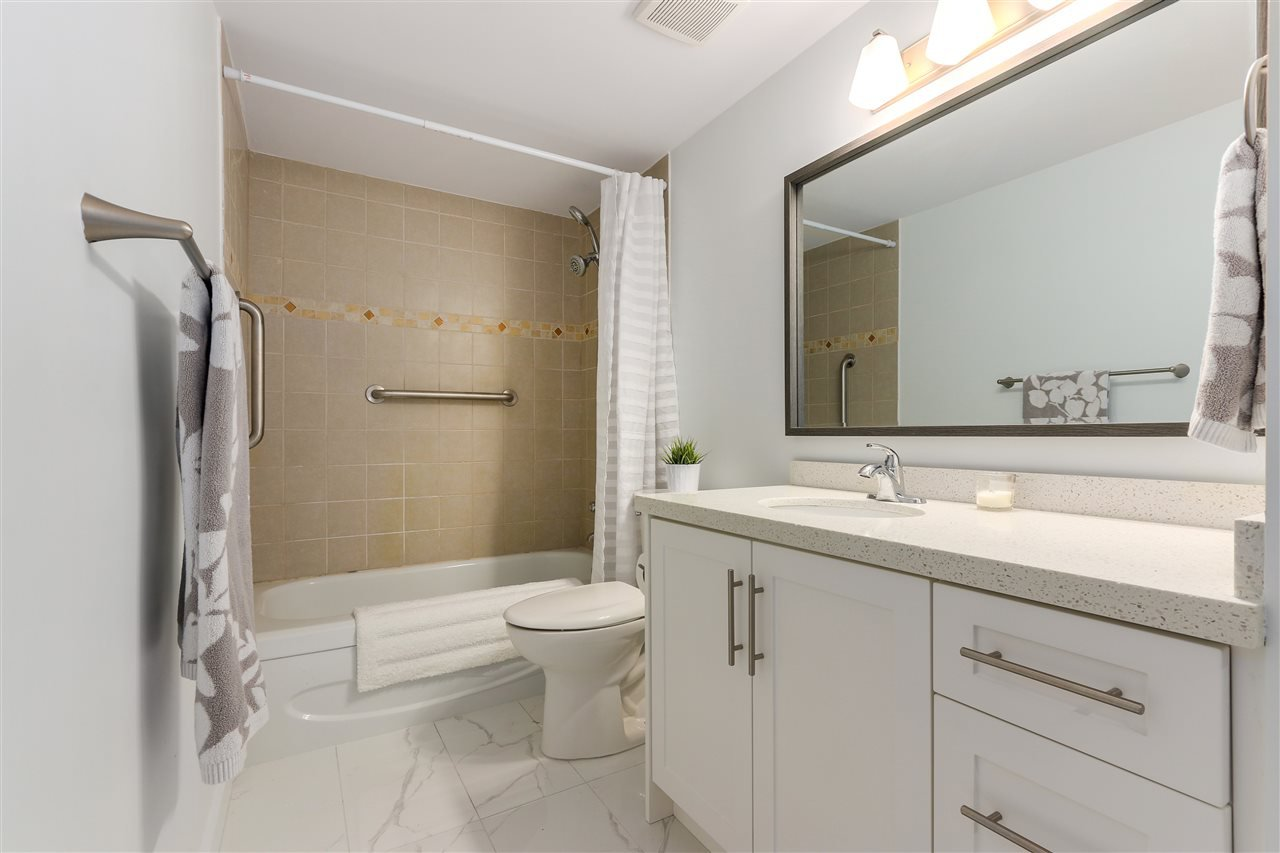 """Photo 13: Photos: 215 3420 BELL Avenue in Burnaby: Sullivan Heights Condo for sale in """"BELL PARK TERRACE"""" (Burnaby North)  : MLS®# R2357746"""