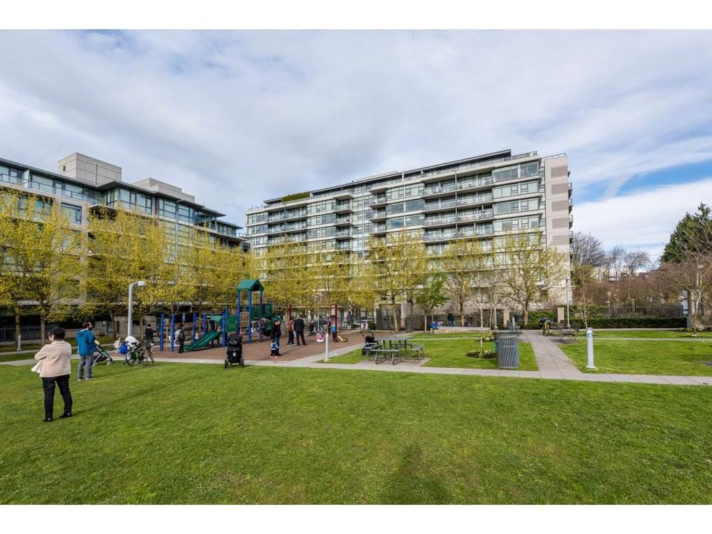 "Main Photo: 611 2851 HEATHER Street in Vancouver: Fairview VW Condo for sale in ""TAPESTRY"" (Vancouver West)  : MLS®# R2267421"