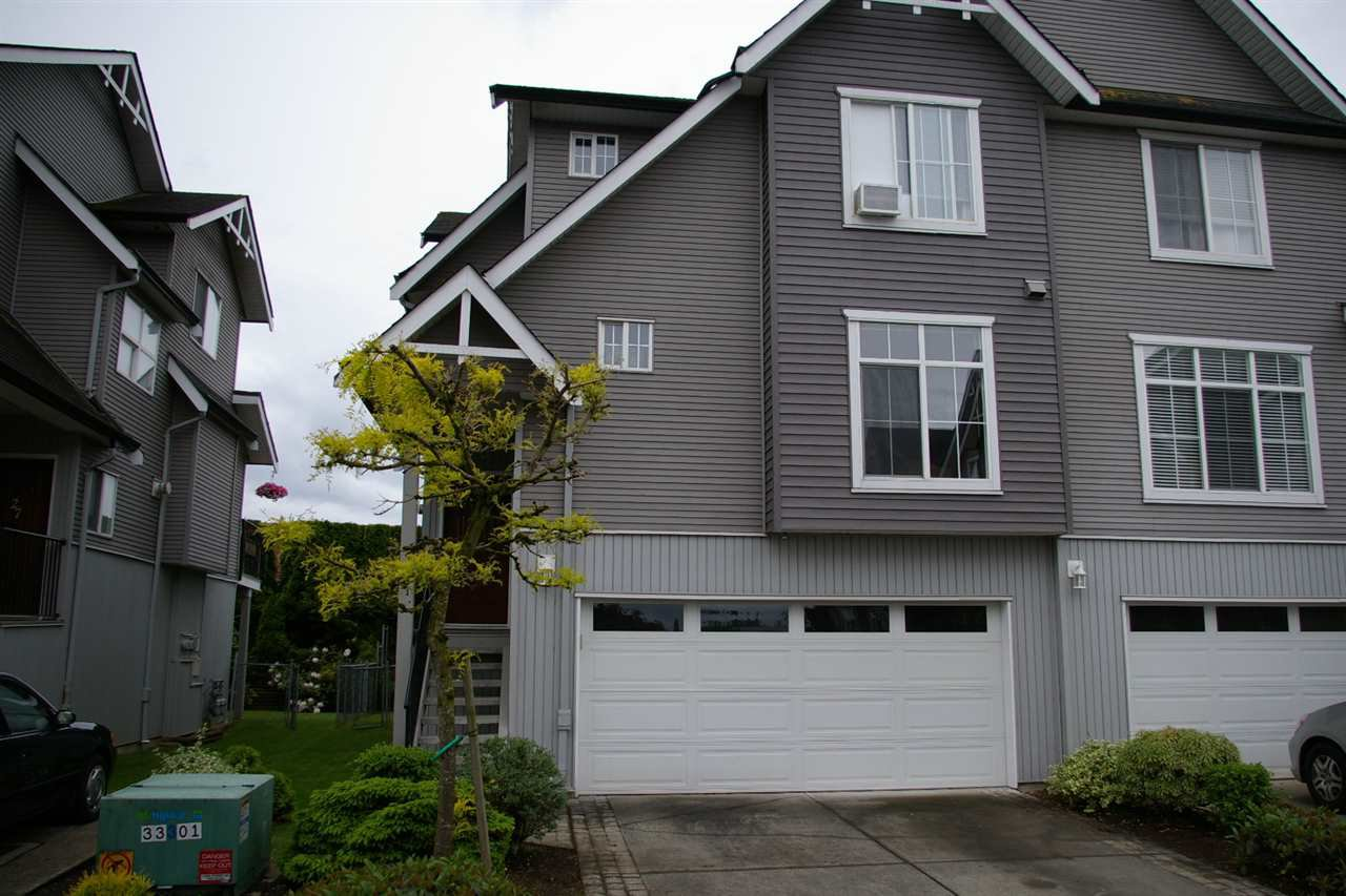 Main Photo: 26 8881 WALTERS Street in Chilliwack: Chilliwack E Young-Yale Townhouse for sale : MLS®# R2370965