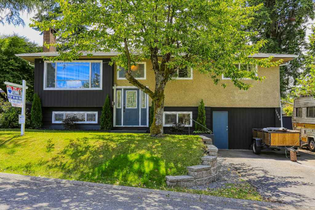 """Main Photo: 15084 RAVEN Place in Surrey: Bolivar Heights House for sale in """"birdland"""" (North Surrey)  : MLS®# R2380591"""
