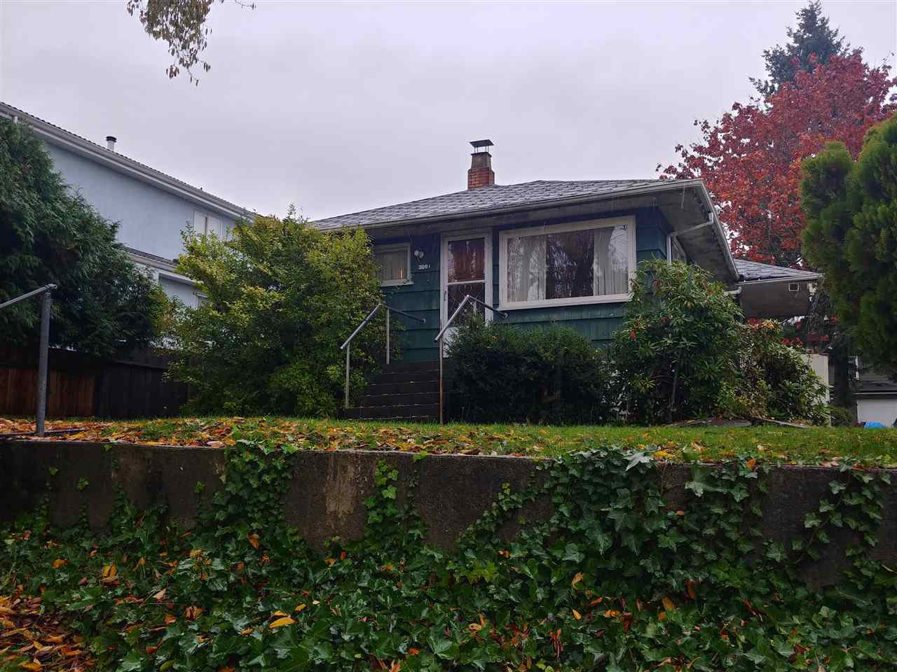Photo 1: Photos: 3551 WELLINGTON Avenue in Vancouver: Collingwood VE House for sale (Vancouver East)  : MLS®# R2415206