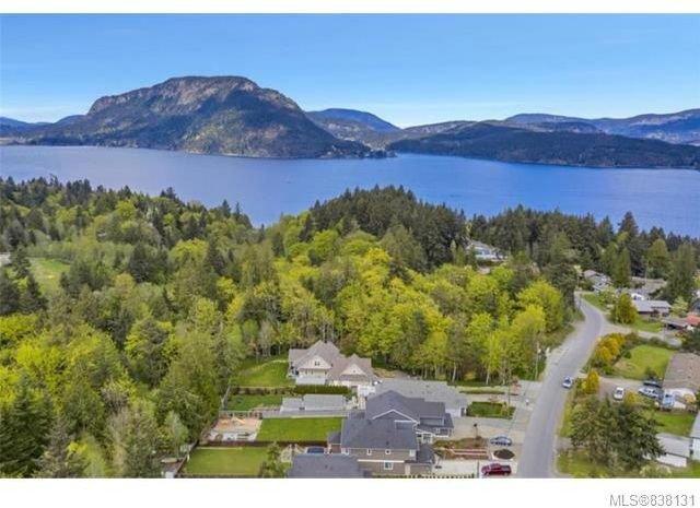 Main Photo: 4526 Lanes Rd in Cowichan Bay: Du Cowichan Bay House for sale (Duncan)  : MLS®# 838131