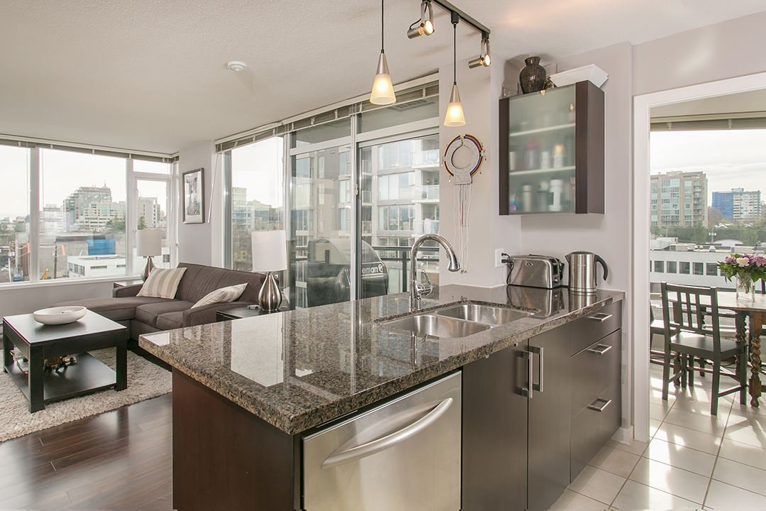 "Main Photo: 901 1650 W 7TH Avenue in Vancouver: Fairview VW Condo for sale in ""VIRTU"" (Vancouver West)  : MLS®# R2016721"