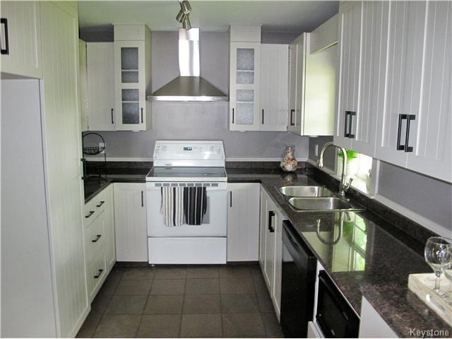 Photo 9: Photos:  in Winnipeg: East Kildonan Residential for sale (North East Winnipeg)  : MLS®# 1617699