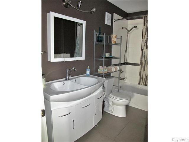 Photo 13: Photos:  in Winnipeg: East Kildonan Residential for sale (North East Winnipeg)  : MLS®# 1617699
