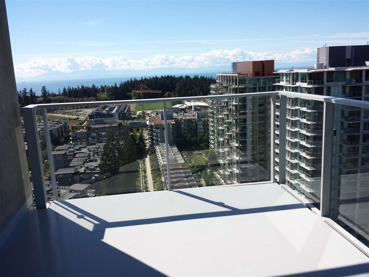 "Photo 16: Photos: 2301 3355 BINNING Road in Vancouver: University VW Condo for sale in ""BINNING TOWER"" (Vancouver West)  : MLS®# R2106362"