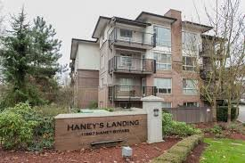 "Main Photo: 406 11667 HANEY Bypass in Maple Ridge: West Central Condo for sale in ""HANEY'S LANDING"" : MLS®# R2155079"