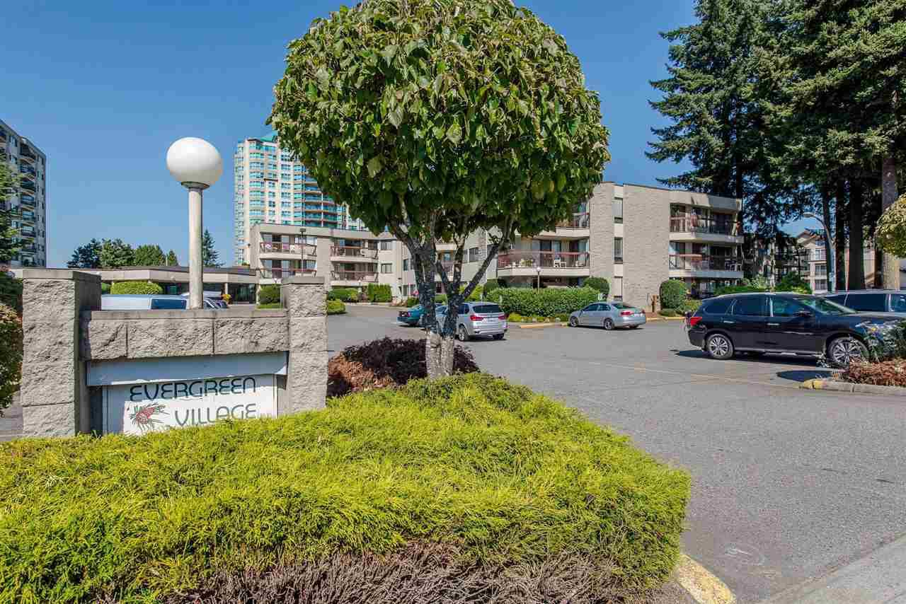 Main Photo: 419 31955 OLD YALE ROAD in Abbotsford: Abbotsford West Condo for sale : MLS®# R2244440
