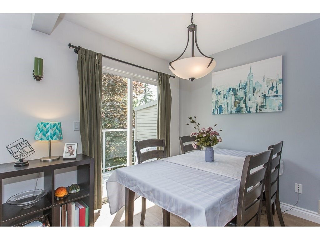 Photo 9: Photos: 3 11229 232ND Street in Maple Ridge: East Central Townhouse for sale : MLS®# R2274229