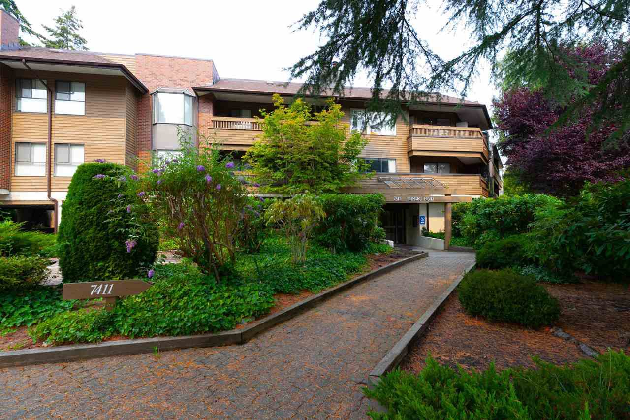 "Main Photo: 204 7411 MINORU Boulevard in Richmond: Brighouse South Condo for sale in ""WOODRIDGE ESTATE"" : MLS®# R2297758"