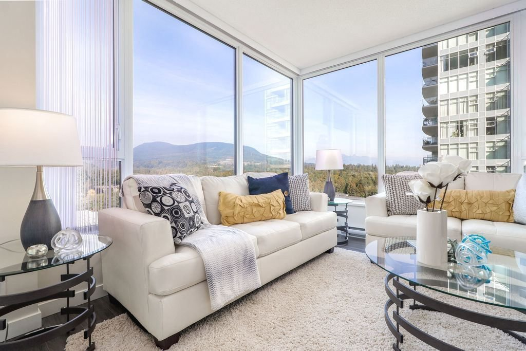 """Photo 7: Photos: 1307 3100 WINDSOR Gate in Coquitlam: New Horizons Condo for sale in """"THE LLOYD"""" : MLS®# R2310567"""