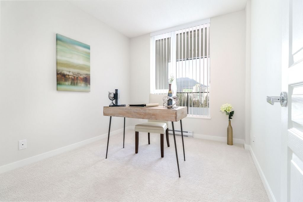 """Photo 14: Photos: 1307 3100 WINDSOR Gate in Coquitlam: New Horizons Condo for sale in """"THE LLOYD"""" : MLS®# R2310567"""