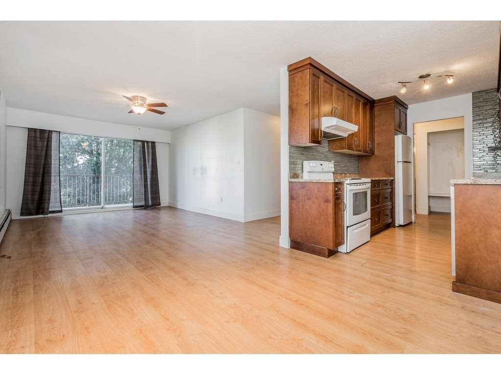 "Photo 5: Photos: 234 2821 TIMS Street in Abbotsford: Abbotsford West Condo for sale in ""PARKVIEW ESTATES"" : MLS®# R2337962"