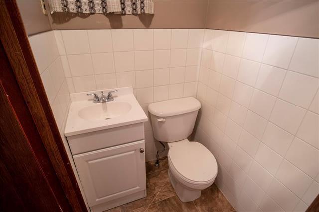 Photo 10: Photos: 613 Lipton Street in Winnipeg: Residential for sale (5C)  : MLS®# 1909347