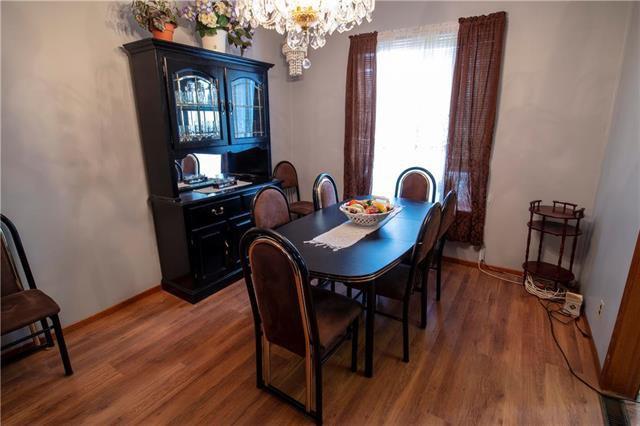 Photo 5: Photos: 613 Lipton Street in Winnipeg: Residential for sale (5C)  : MLS®# 1909347