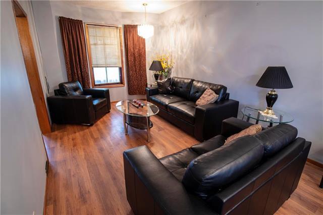 Photo 4: Photos: 613 Lipton Street in Winnipeg: Residential for sale (5C)  : MLS®# 1909347