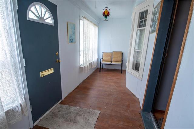 Photo 2: Photos: 613 Lipton Street in Winnipeg: Residential for sale (5C)  : MLS®# 1909347