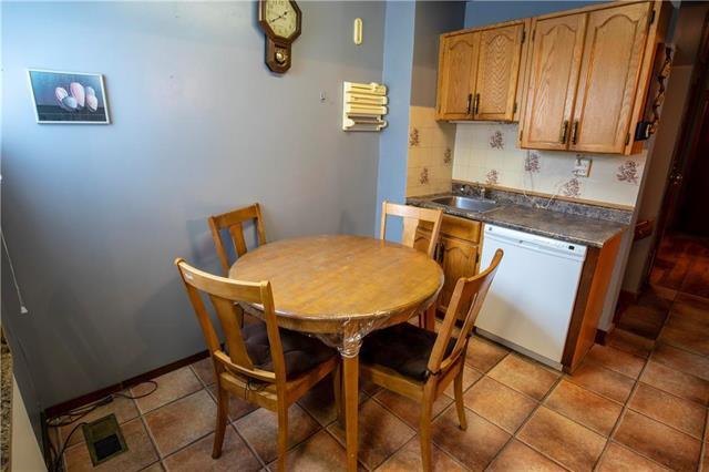 Photo 8: Photos: 613 Lipton Street in Winnipeg: Residential for sale (5C)  : MLS®# 1909347