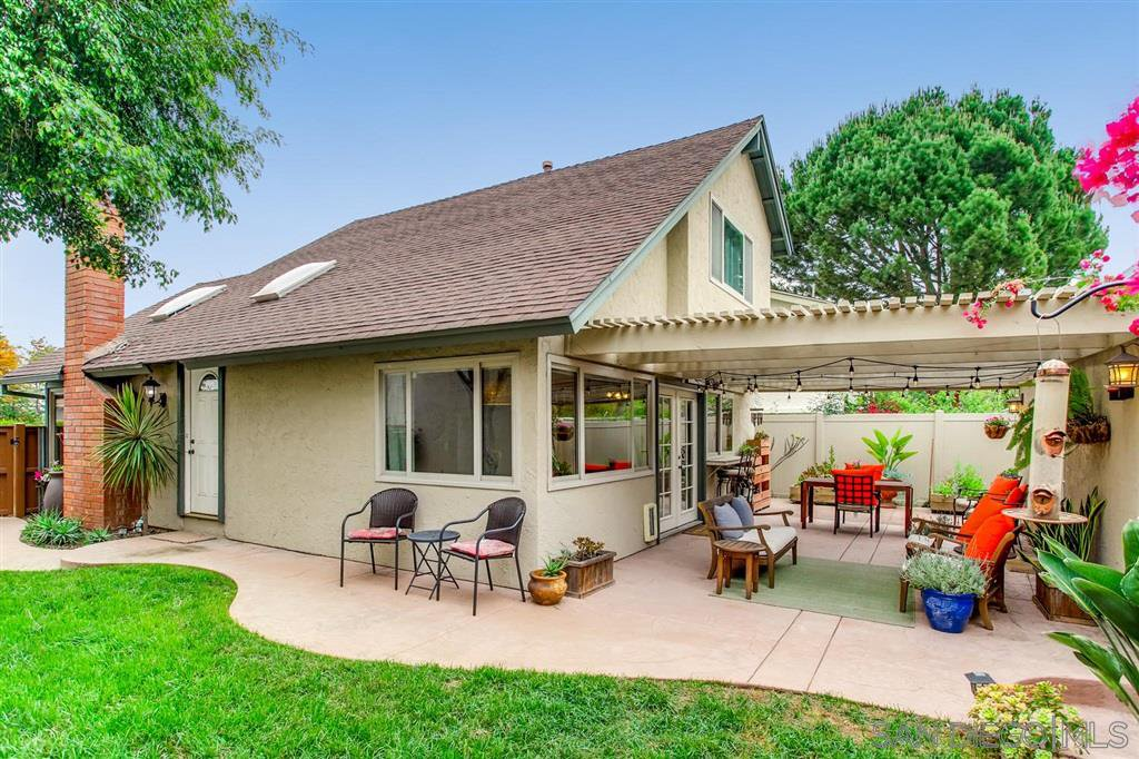 Main Photo: TIERRASANTA House for sale : 3 bedrooms : 5232 Fino Dr in San Diego