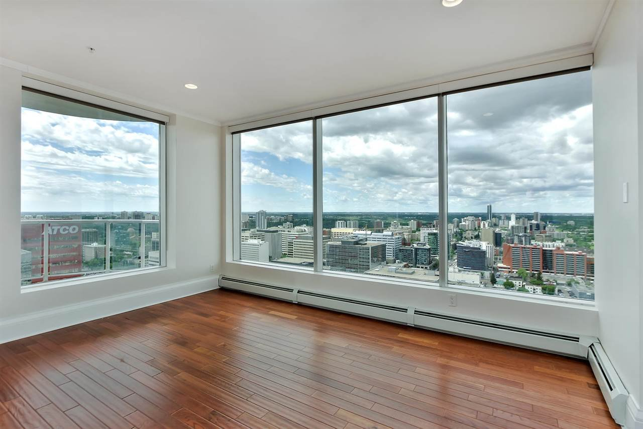 Main Photo: 2803 10136 104 Street in Edmonton: Zone 12 Condo for sale : MLS®# E4160820