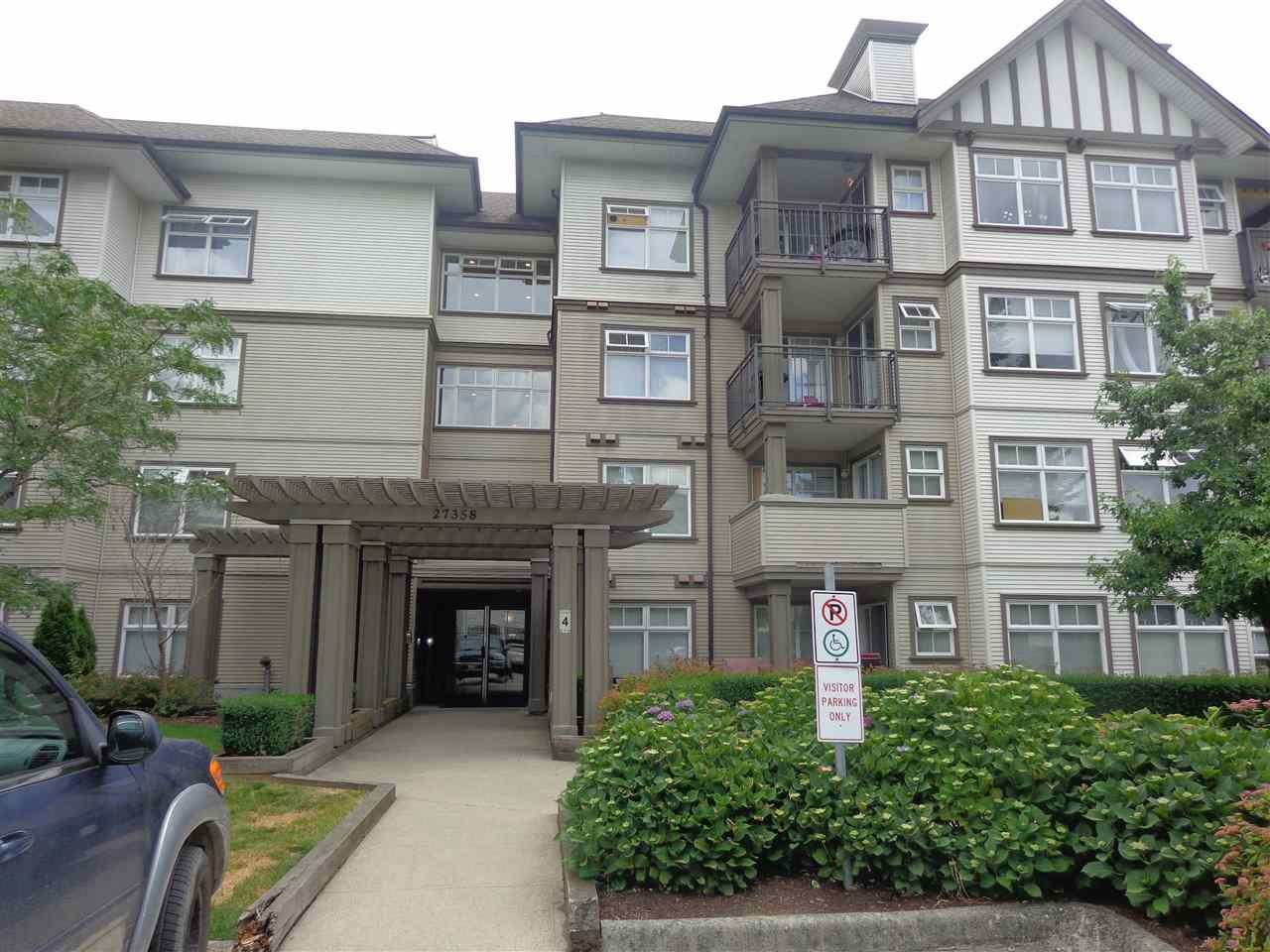 "Photo 2: Photos: 240 27358 32 Avenue in Langley: Aldergrove Langley Condo for sale in ""Willowcreek Phase 4"" : MLS®# R2385454"