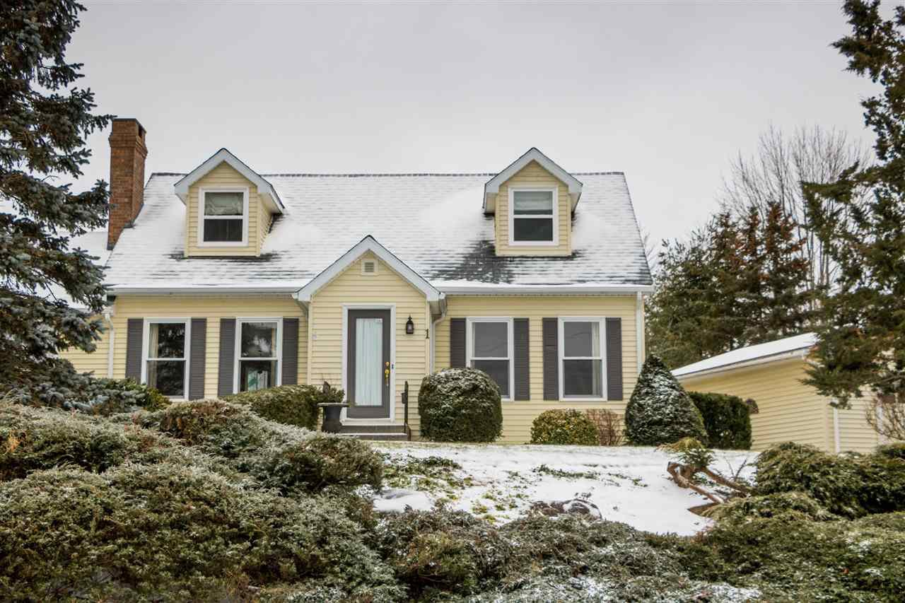 Main Photo: 1 CAPE VIEW Drive in Wolfville: 404-Kings County Residential for sale (Annapolis Valley)  : MLS®# 201921211