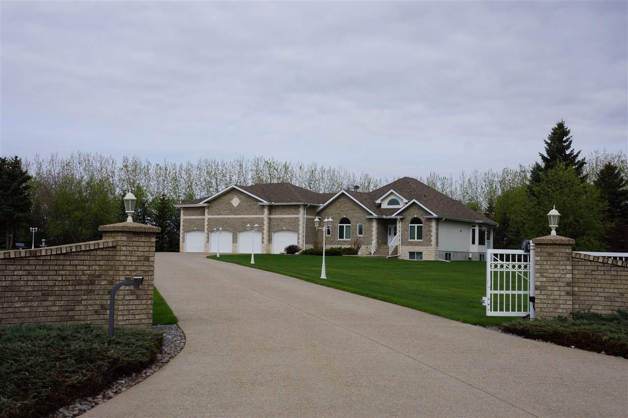 Main Photo: 55010 RGE RD 231: Rural Sturgeon County House for sale : MLS®# E4197799