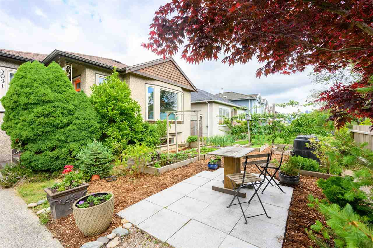 Main Photo: 3041 E 2ND AVENUE in Vancouver: Renfrew VE House for sale (Vancouver East)  : MLS®# R2456098