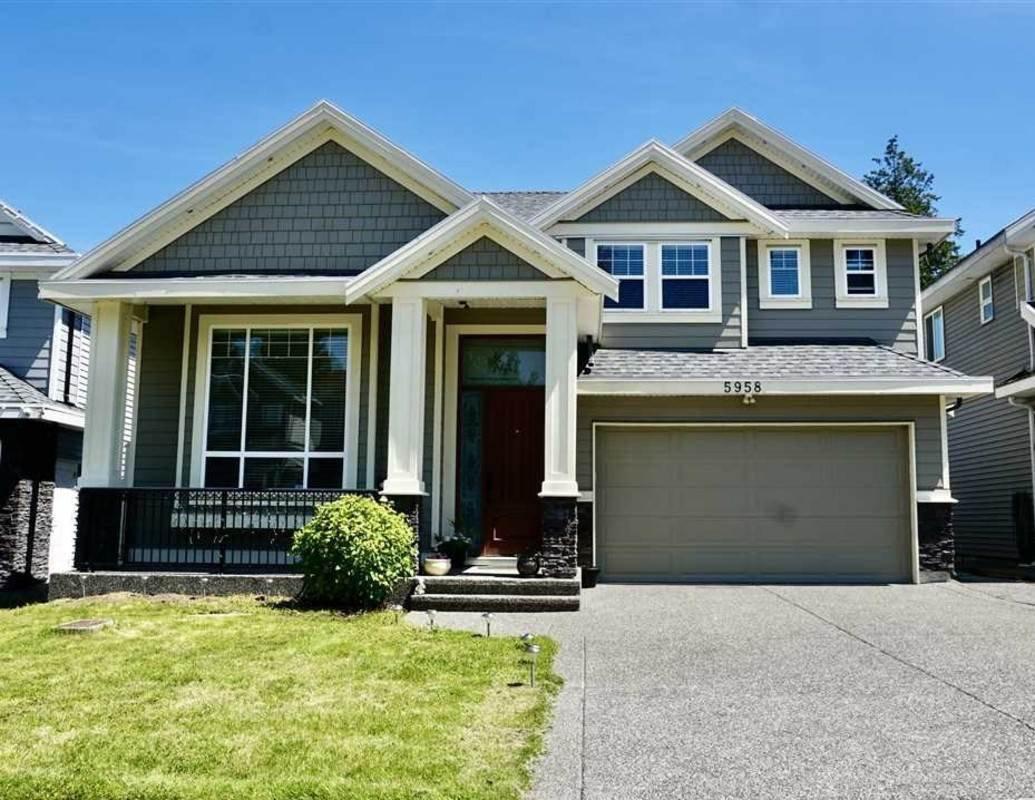 Main Photo: 5958 151 Street in Surrey: Sullivan Station House for sale : MLS®# R2490671