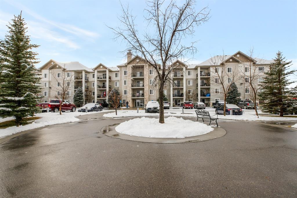 Main Photo: 2110 12 Cimarron Common: Okotoks Apartment for sale : MLS®# A1053863