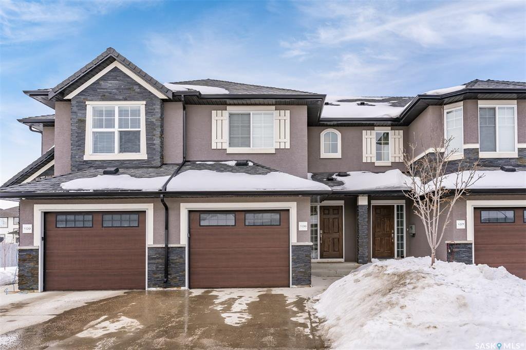 Main Photo: 108 1303 Paton Crescent in Saskatoon: Willowgrove Residential for sale : MLS®# SK837362