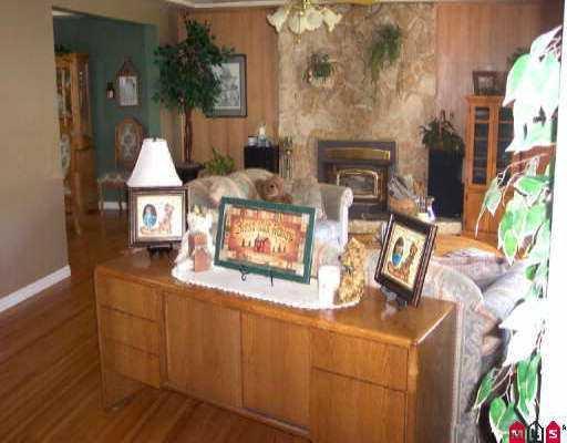 "Photo 8: Photos: 12043 100TH AV in Surrey: Cedar Hills House for sale in ""N/A"" (North Surrey)  : MLS®# F2521834"