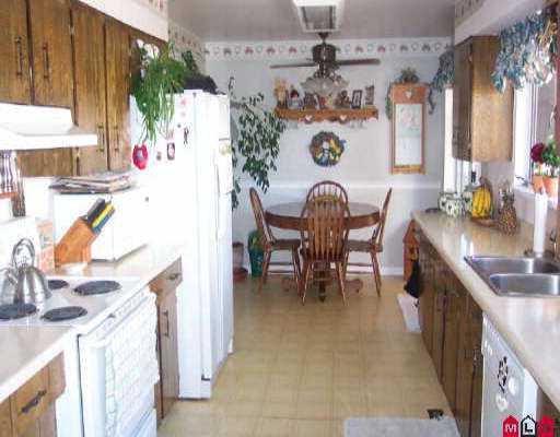 "Photo 6: Photos: 12043 100TH AV in Surrey: Cedar Hills House for sale in ""N/A"" (North Surrey)  : MLS®# F2521834"