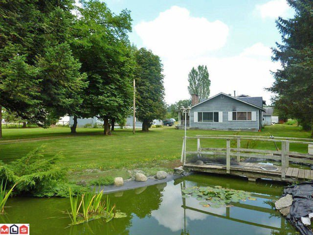 Main Photo: 22466 72ND Avenue in Langley: Salmon River House for sale : MLS®# F1120355