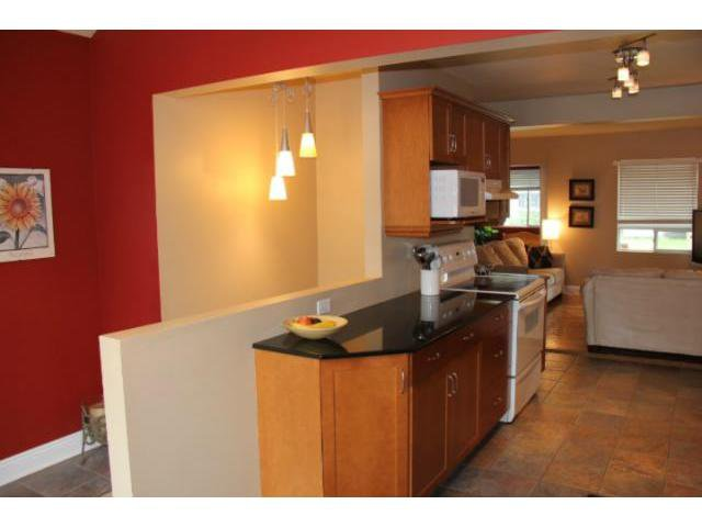 Photo 3: Photos: 53 Imperial Avenue in WINNIPEG: St Vital Residential for sale (South East Winnipeg)  : MLS®# 1210841