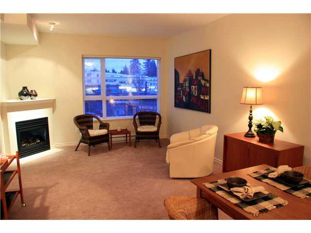 Photo 4: Photos: 204 3151 Connaught Street in North Vancouver: Capilano Highlands Condo for sale : MLS®# V932793