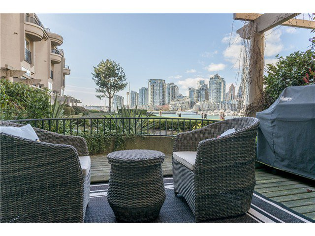 Main Photo: 101 1859 SPYGLASS Place in Vancouver: False Creek Condo for sale (Vancouver West)  : MLS®# V1054077