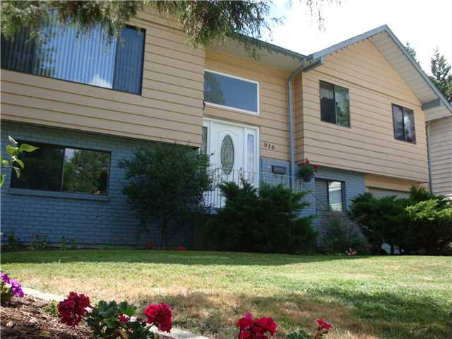 """Main Photo: 916 CORNWALL Place in Port Coquitlam: Lincoln Park PQ House for sale in """"LINCOLN PARK"""" : MLS®# V1133978"""