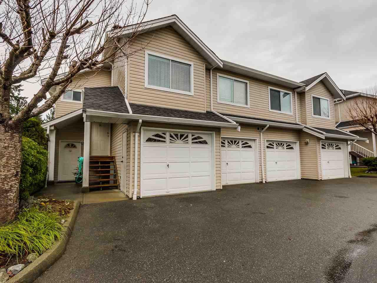 "Main Photo: 25 11588 232 Street in Maple Ridge: Cottonwood MR Townhouse for sale in ""COTTONWOOD VILLAGE"" : MLS®# R2019637"