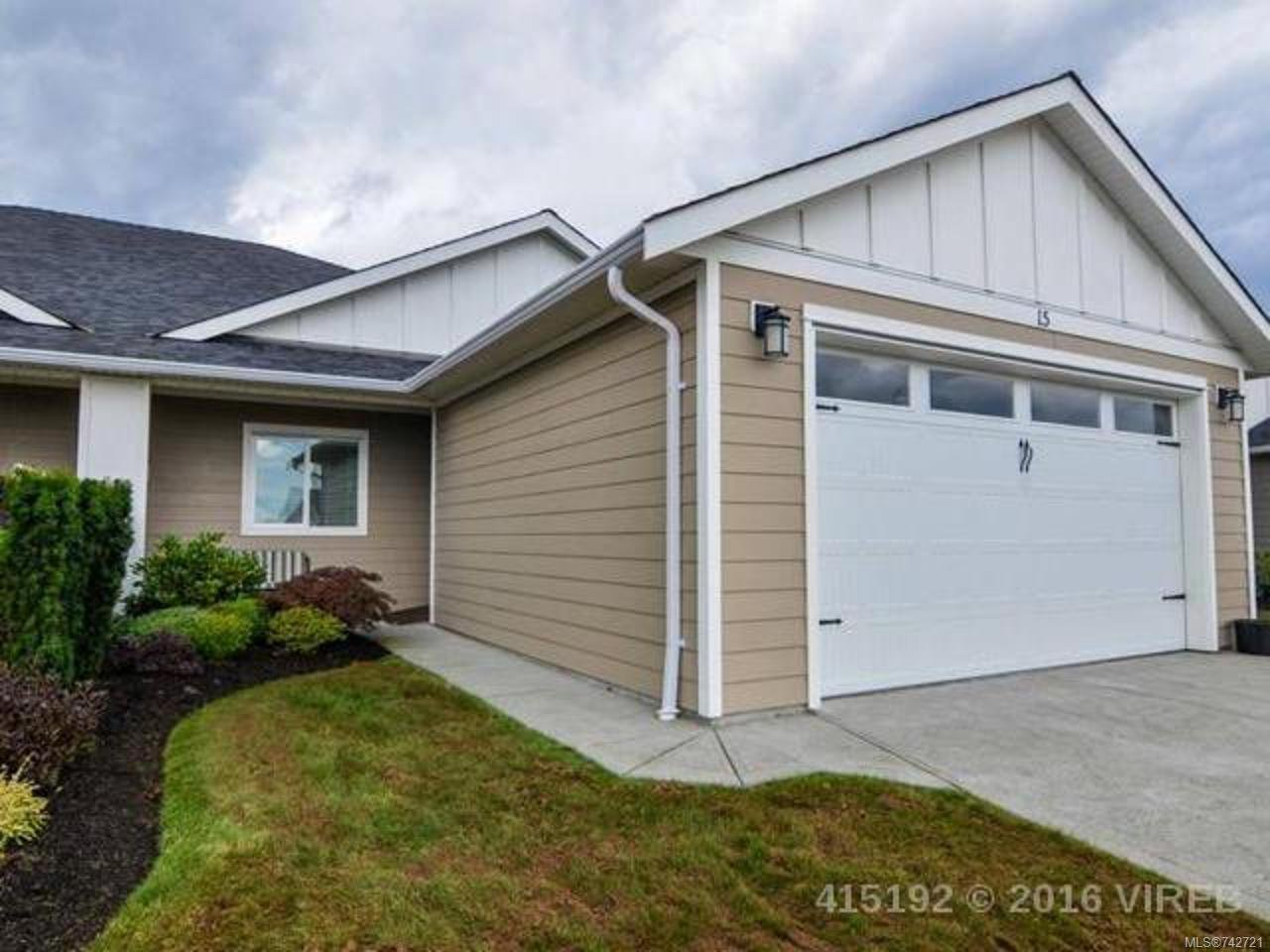Main Photo: 15 3647 VERMONT PLACE in CAMPBELL RIVER: CR Willow Point Row/Townhouse for sale (Campbell River)  : MLS®# 742721