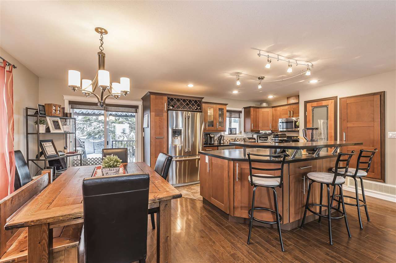 Main Photo: 46460 LEAR Drive in Sardis: Promontory House for sale : MLS®# R2232594