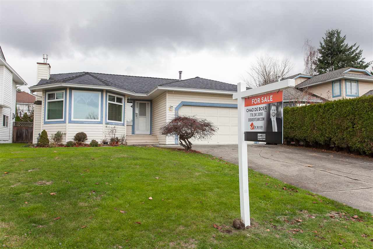 Main Photo: 9234 211B STREET in Langley: Walnut Grove House for sale : MLS®# R2243857